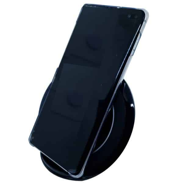 Qi Wireless charger with phone