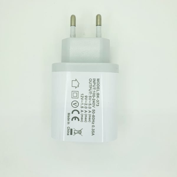 USB charger 3 ports - White